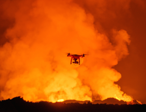 drone éruption volcanique