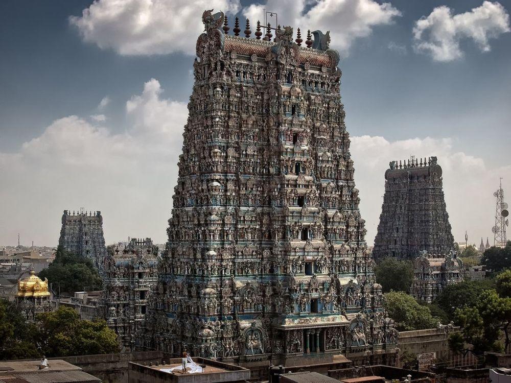 temple-hindou-de-minakshi-madurai-inde-du-sud