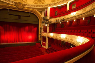 theatre rouge1