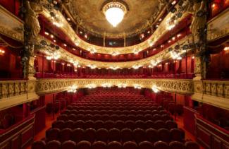 theatre rouge2