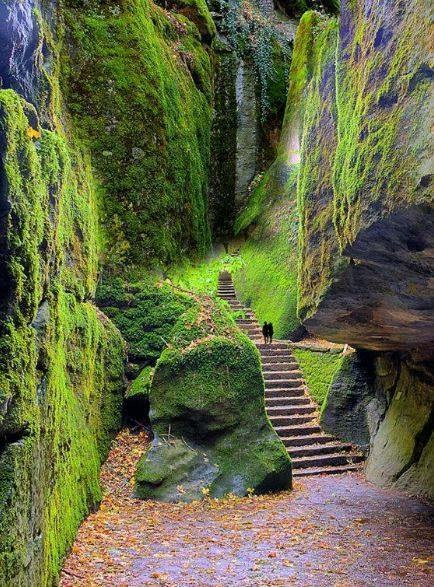 accès au sanctuaire de Verna Italie