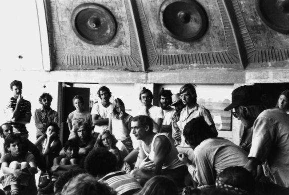 Arcosanti Paolo Soleri et les résidents en 1970