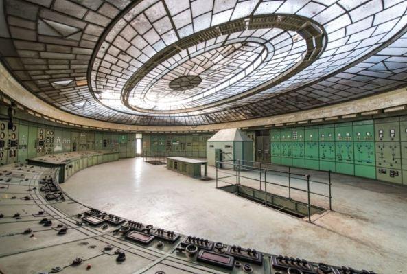 Centrale Hongrie.JPG