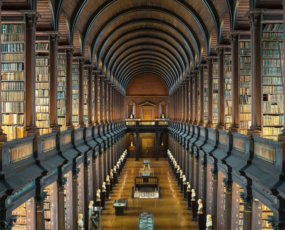 Bibliotheque-Trinity-College-Long-Room Dublin